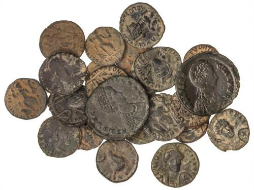 IMPERIO ROMANO. Lote 28 monedas Cobre. AE. Incluye Maiorina