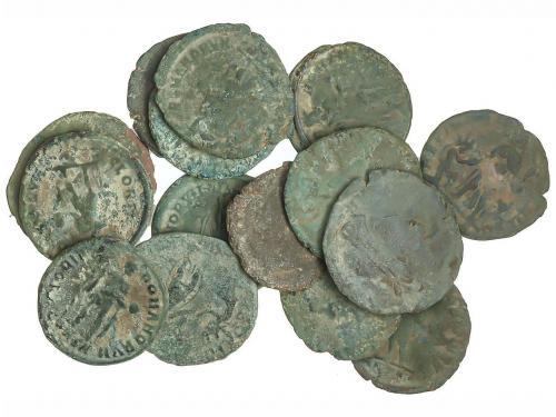 IMPERIO ROMANO. Lote 25 Maiorinas. Diferentes emperadores (V